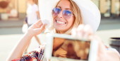 4 Tips for Taking the Perfect Summer Selfies