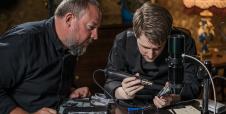 Edward Snowden te dice cómo blindar tu celular